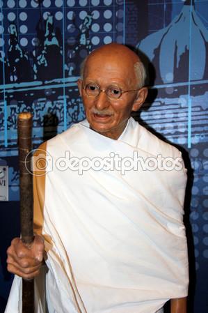 depositphotos_54368703-mohandas-karamchand-gandhi